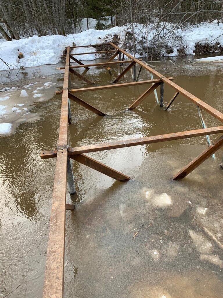 Мост на сваях